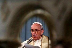 پاپ ترامپ را به هیتلر تشبیه کرد