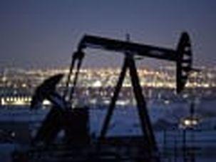 دونالد ترامپ از توافق عربستان و روسیه بر سر کاهش 10 میلیون بشکهای نفت خبر داد / جهش 33 درصدی قیمت برنت بعد از سخنان ترامپ