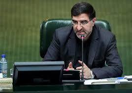 قرائت نامه 156 نفر از نمایندگان مجلس خطاب به رئیس جمهور در مجلس