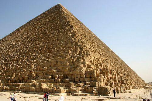 بازگشایی یکی از اهرام مصر بعد از 54 سال + فیلم