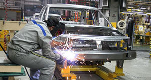 صنعت خودرو ایران به رتبه ۱۸ جهان نزول کرد + جدول