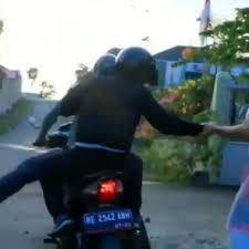 روش جدید برای سرقت موتور سیکلت!