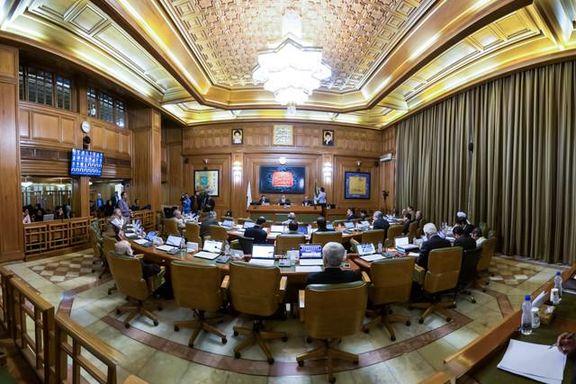 پایان بدون نتیجه نشست شورای شهر برای انتخاب پنج گزینه نهایی