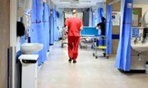 تعداد قربانیان کرونا در انگلیس 24 درصد افزایش یافت / شمار قربانیان در انگلیس به 2921 نفر رسد