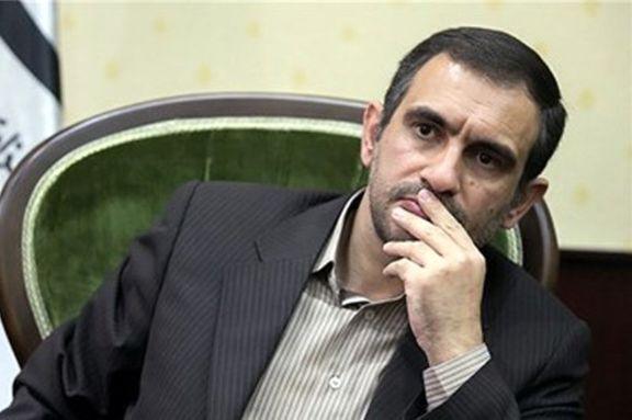معاون دفتر  روحانی جواب توئیت فارسی ترامپ را داد
