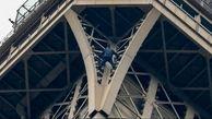 بازداشت یک بازدیدکننده از برج ایفل