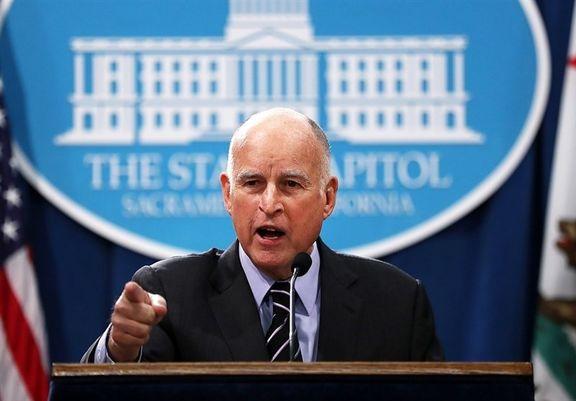 فرماندار کالیفرنیا: ترامپ یک دروغگوی احمق است