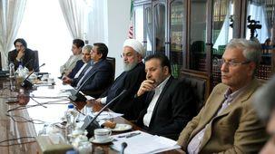 دیدار حسن روحانی با جمعی از اقتصاددانان کشور / چه کسانی در جلسه حاضر بودند؟ + تصاویر