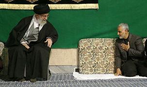 عکس صمیمی قاسم سلیمانی و رهبر انقلاب
