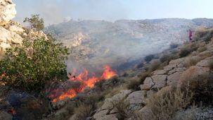 آتشسوزی شهرستان خائیز خاموش شد