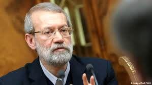 لاریجانی می تواند برای مجلس و رسایت جمهوری کاندید شود