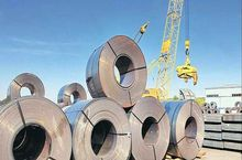 اُفت بیش از ۱۳ درصدی صادرات فولاد ایران در سال گذشته/ بیاعتنایی وزارت صنعت به هشدارهای تولیدکنندگان!
