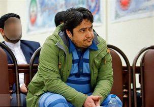 واکنش روحالله زم بعد از مشاهده انتشار خبر دستگیریاش در کانال آمدنیوز + فیلم