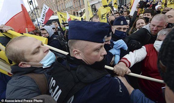 گسترده شدن اعتراضات لهستانی ها علیه دولت و سیاست های قرنطینه ای