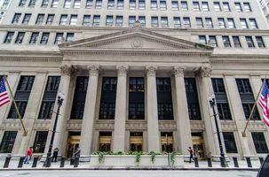 سقوط سنگین سهام گلدمن ساکس با افزایش ندادن نرخ بهره توسط فدرال رزرو/ سود اوراق خزانه داری آمریکا کاهش یافت