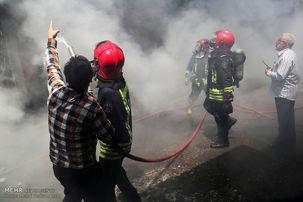 آتش سوزی گسترده در بازار کنزالمال خرمشهر