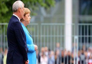 واکنش سخنگوی دولت آلمان به وضعیت پزشکی مرکل