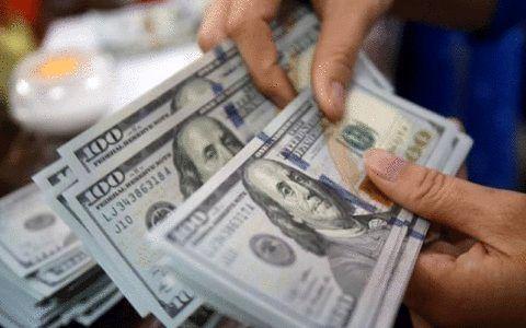 صعود غولآسای دلار در جریان سخنرانی پاول