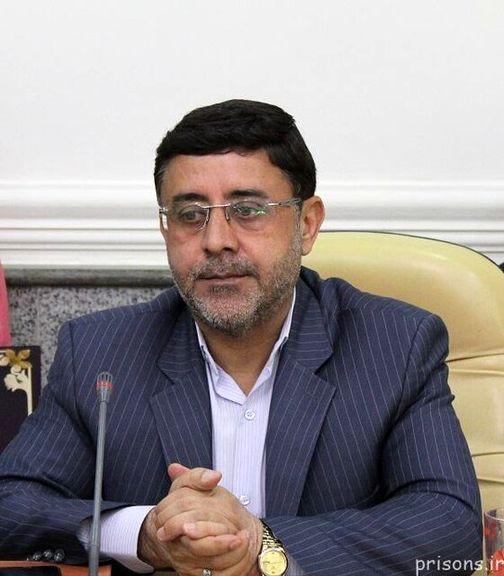 حسن عباسی آزاد نشده و در زندان است
