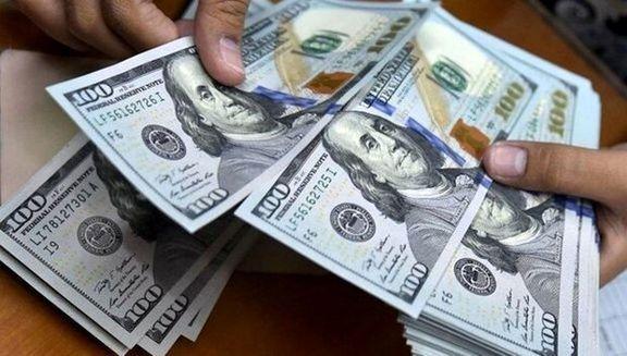 قیمت دلار در صرافیهای بانکی در آستانه 19 هزار تومان قرار گرفت