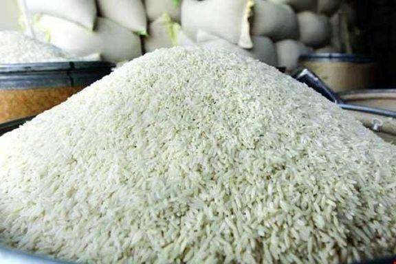 بانک مرکزی علت اصلی رسوب ۲۰۰ هزار تن برنج وارداتی در گمرکات را اعلام کرد