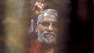 حبس ابد رهبر اخوان المسلمین تایید شد