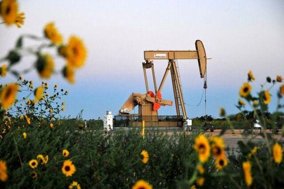 عرضه نفت در بازار با مازاد همراه است