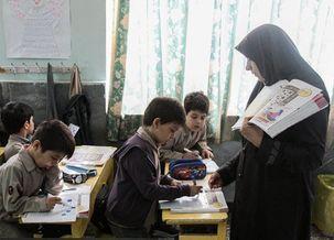 وزارت بهداشت باید برای تعطیلی مدارس تصمیم گیری کند