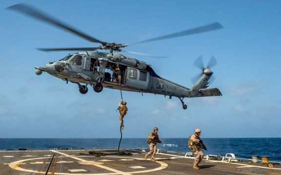 بریتانیا 100 نیروی دریایی به تنگه هرمز اعزام می کند / تلاش بریتانیا و آمریکا برای مقصر جلوه دادن ایران در انفجار کشتی ها
