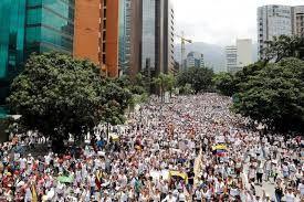رهبر کودتاچی های ونزوئلا از مردم خواست تا به خیابان ها بی آیند