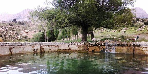 امروز و فردا رگبار پراکنده باران،  رعد و برق و وزش باد در مناطق مرکزی ایران