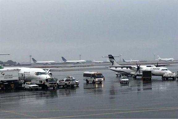 ساعت برخی پروازها به دلیل شرایط جوی تغییر کرد