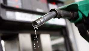 قیمت بنزین معمولی در روسیه دومین رکورد پیاپی خود را ثبت کرد