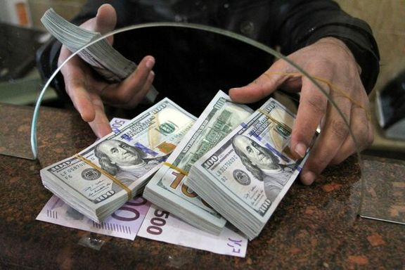 قیمت ارز در کشور با افزایش مواجه شد هر دلار 12هزار و 760 تومان