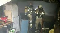 خانه ای که در آتش سوخت/ سوختن 3 دستگاه خودرو در پارکینگ یک ساختمان مسکونی