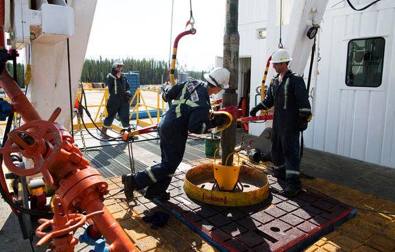 افزایش غیرمنتظره 4 میلیون و 350 هزار بشکهای ذخایر نفت آمریکا