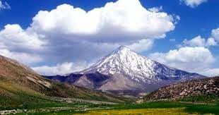 توضیحات رئیس جمهور درباره شایعات مطرح شده پیرامون وقف قله دماوند و فروش جزایر کشور