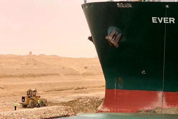 مصر از صاحبان کشتی به گل نشسته در سوئز غرامت یک میلیارد دلاری میخواهد