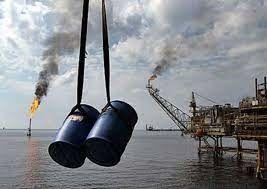 کاهش قیمت نفت به دنبال تردید از رشد تقاضا