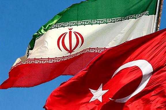 مبادلات تجاری ایران وترکیه به نصف کاهش یافت