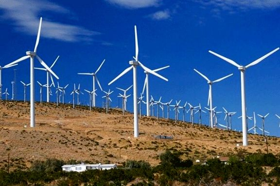 تولید ۵۰ مگاوات برق در بزرگترین مزرعه بادی کشور تا پایان امسال