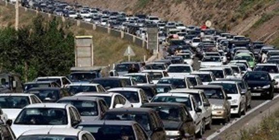 ترافیک بسیار سنگین در محدوده رودبار تا رشت/ خودروها کاملاً متوقفشدهاند