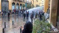 درگیری بین معترضان لبنانی و نیروهای امنیتی با سنگ و مواد آتشزا
