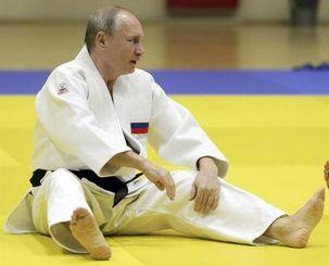 ولادیمیر پوتین بعد از بدرقه روحانی و اردوغان به ورزش های مورد علاقه خود پرداخت + عکس