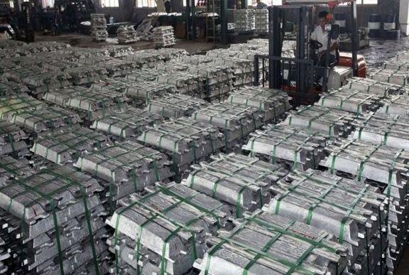 افزایش موجودی انبارهای بورس شانگهای به دلیل تعطیلات یک هفتهای چین