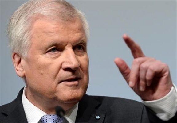 سازمان های حقوق بشری خواستار استعفای وزیر کشور آلمان شدند