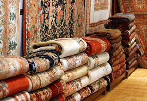 رئیس فراکسیون فرش: تجار را با دزد و قاچاقچی اشتباه گرفتهایم