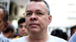 وزیر دادگستری ترکیه: کشیش آمریکایی از اتهامات وارده تبرئه نشد