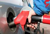 سهمیه سوخت آژانسهای تاکسی تلفنی و سرویسهای مدارس فردا واریز میشود