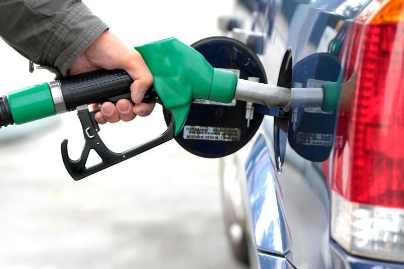نخستین محموله بنزین صادراتی راهی افغانستان میشود/ قیمت پایه هر تن 581 دلار است